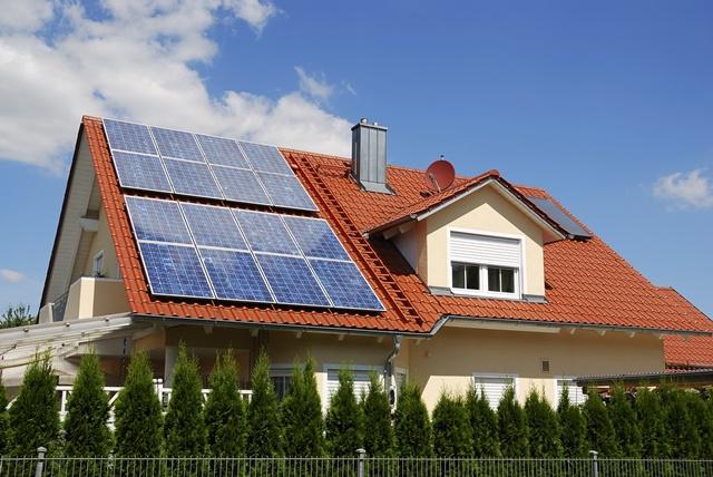 hệ thống điện NLMT trên mái nhà
