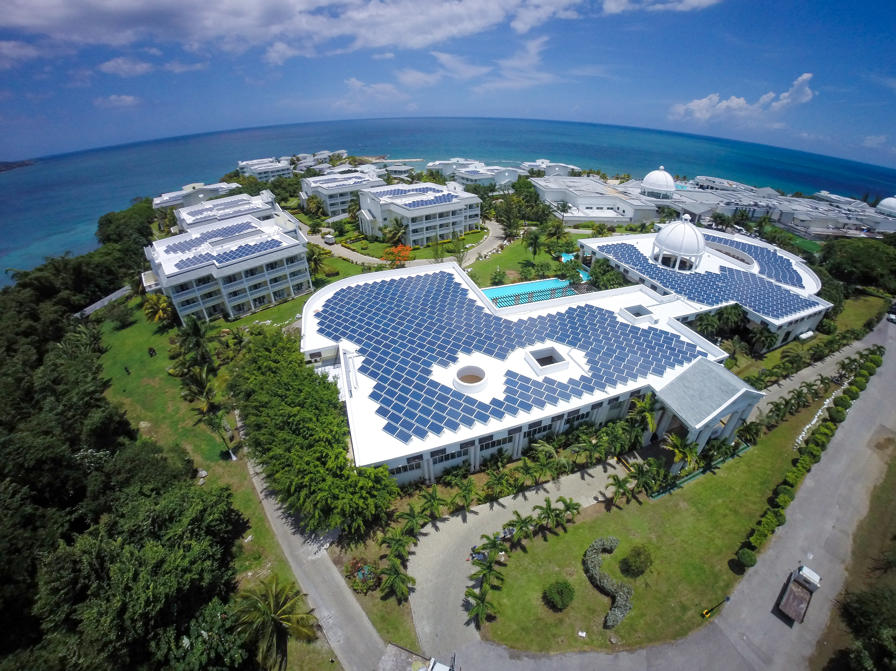 điện mặt trời dành cho khách sạn