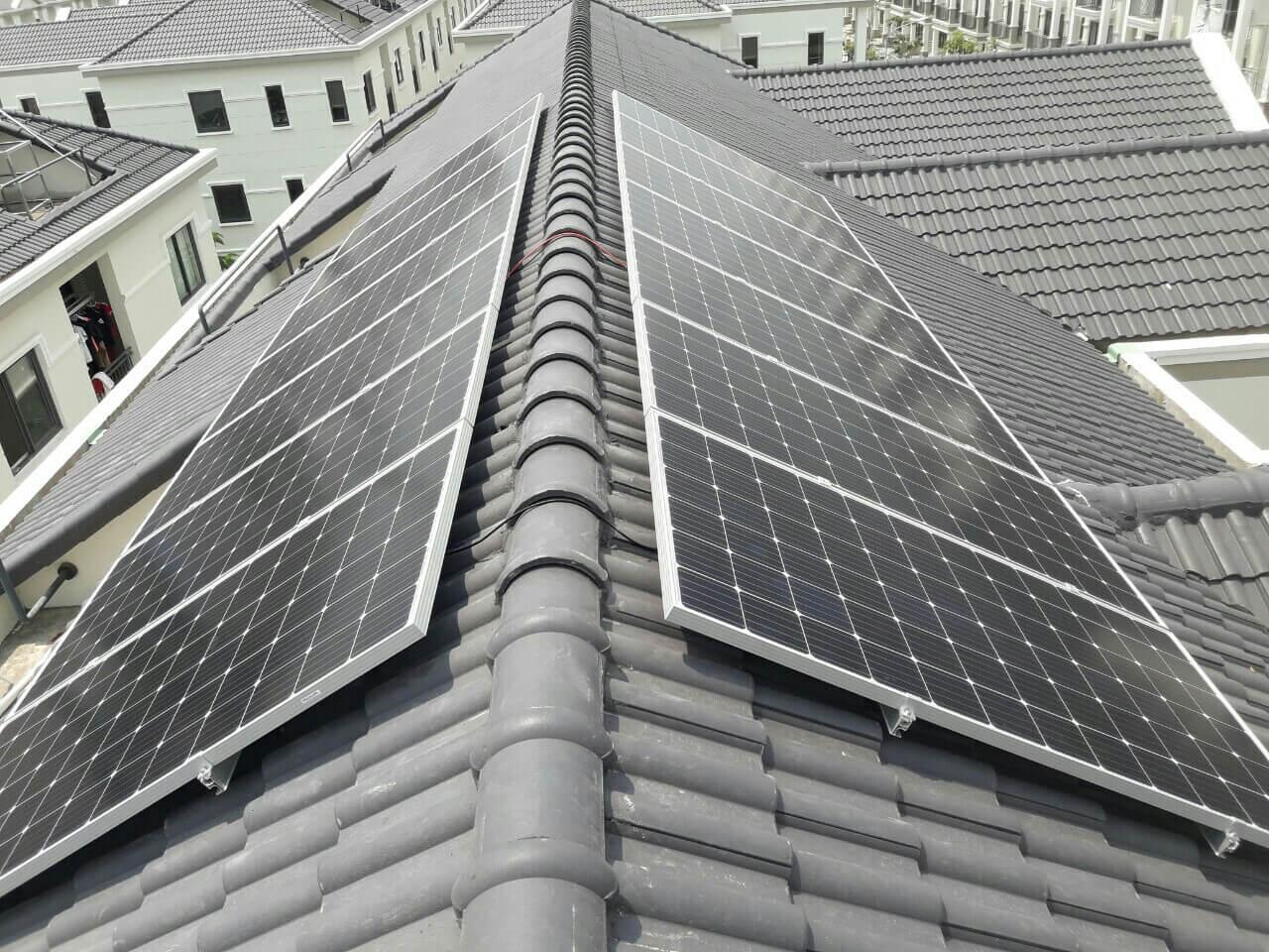 Điện mặt trời trên mái nhà